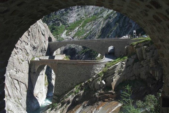мост дьявола швейцария 7 (700x466, 188Kb)