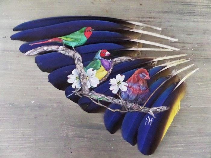 рисунки на птичьих перьях 4 (700x525, 150Kb)