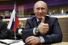 Putin--investit-in-functie-intr-o-ceremonie-de-peste-870-000-de-dolari (240x160, 8Kb)