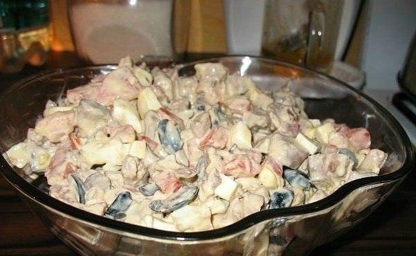 Салат из куриной печени с помидорами (601x370, 53Kb)