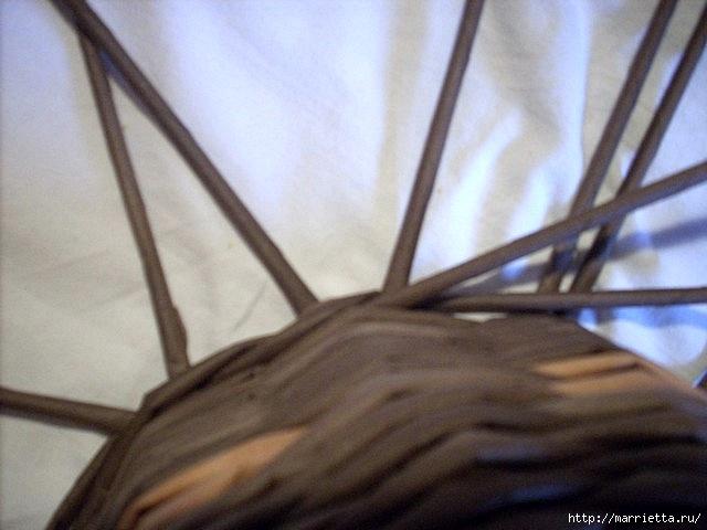 ШЛЯПКИ. Плетение из газетных трубочек (6) (640x480, 140Kb)
