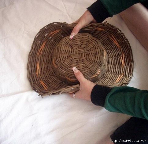 ШЛЯПКИ. Плетение из газетных трубочек (17) (484x472, 137Kb)
