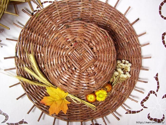 ШЛЯПКИ. Плетение из газетных трубочек (19) (700x525, 361Kb)