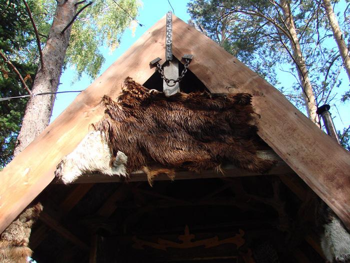 Дом шамана/1415502_15 (700x525, 210Kb)