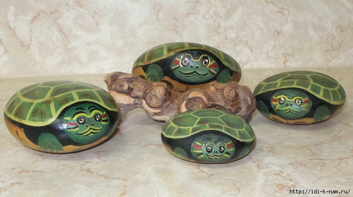 Хьюго Пьюго рукоделие, http://idi-k-nam.ru/, украшаем сад дачу участок, как расписать красиво камни, расписные камни,