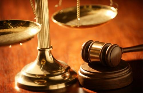 Разрешение различных экономических споров с помощью арбитражного суда.