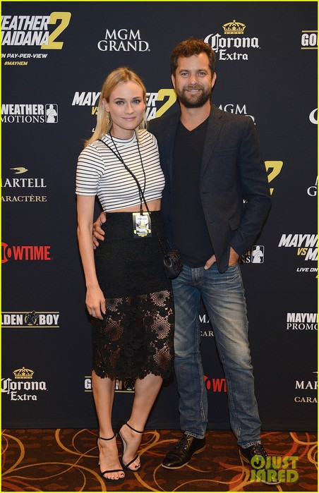 joshua-jackson-diane-kruger-showtime-pre-fight-party-vegas-02 (452x700, 92Kb)