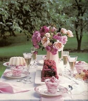 Размещаем гостей зха свадебным столом/1411028812_tavolarosa (340x390, 46Kb)