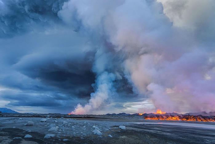 извержение вулкана Бардарбунга фото 1 (700x467, 269Kb)