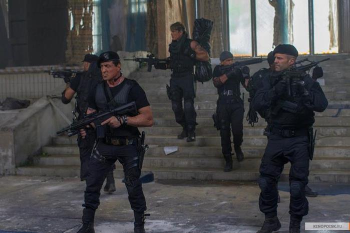 Кадры из фильма «Неудержимые 3»