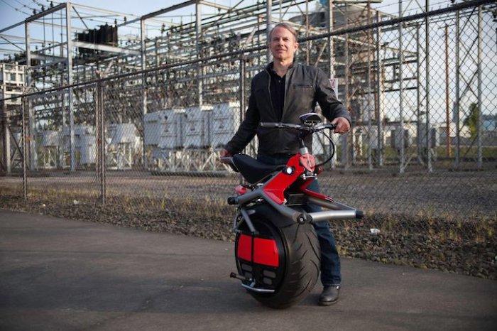 одноколесный мотоцикл RYNO 1 (700x466, 293Kb)