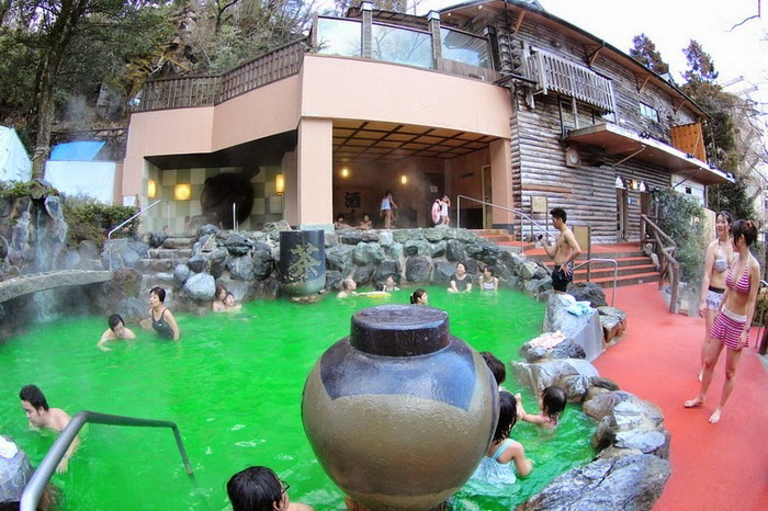 yunessun-spa-resort-3 (700x466, 165Kb)