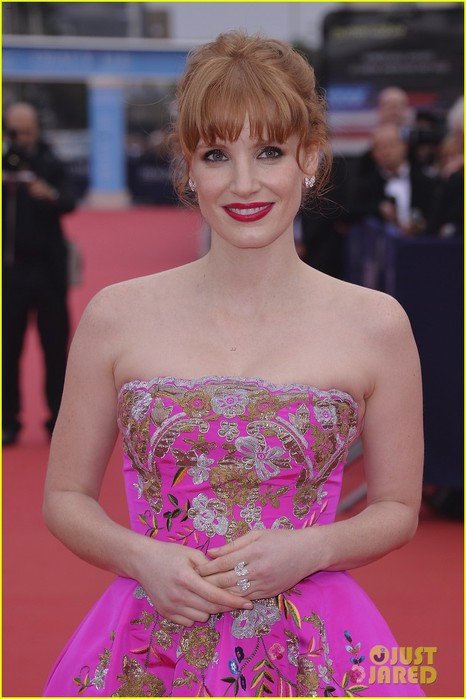jessica-chastain-career-honor-at-deauville-06 (466x700, 79Kb)