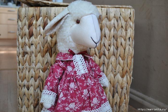 текстильные овцы, ежик, коза и медведи (35) (700x468, 279Kb)