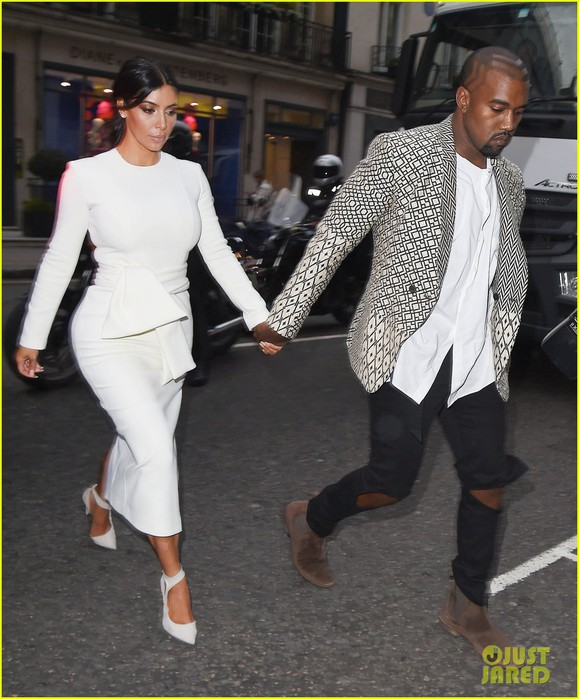 kim-kardashian-kanye-west-hold-hands-for-london-dinner-date-05 (579x700, 108Kb)
