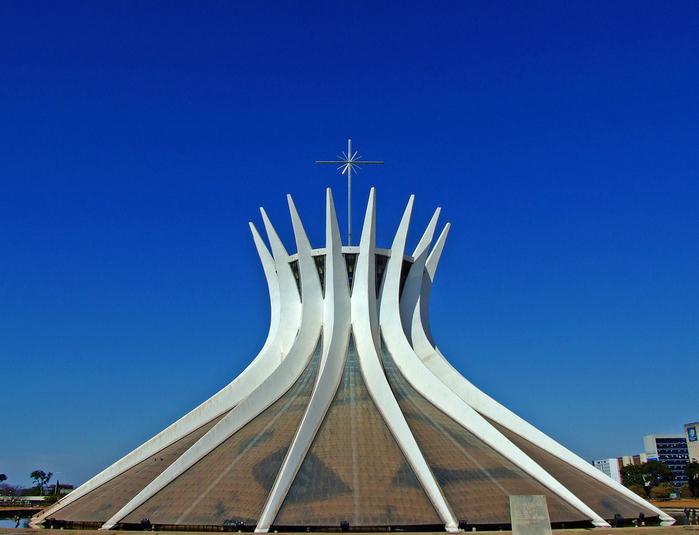11. Собор Пресвятой Девы Марии (700x535, 380Kb)