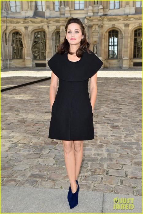 marion-cotillard-i-dont-consider-myself-a-movie-star-01 (466x700, 99Kb)