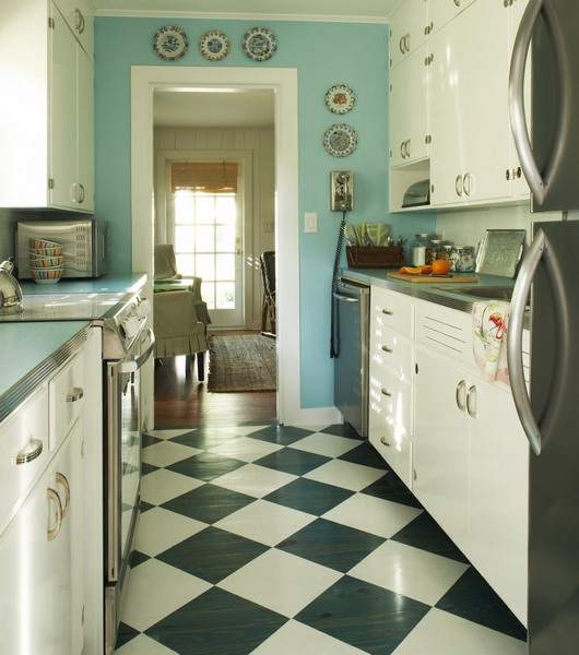 black-white-checkerboard-floors-tiles-in-small-kitchen6 (530x600, 215Kb)