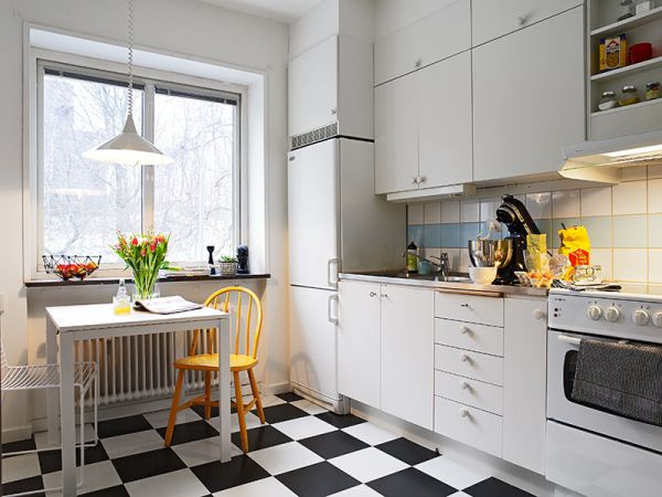 black-white-checkerboard-floors-tiles-in-kitchen5-1 (600x450, 195Kb)