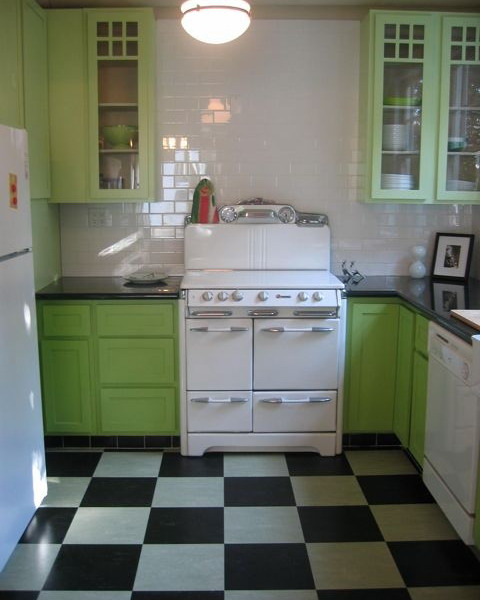 black-white-checkerboard-floors-tiles-in-kitchen8-2 (480x600, 172Kb)