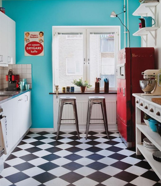 black-white-checkerboard-floors-tiles-in-kitchen11-7 (520x600, 234Kb)
