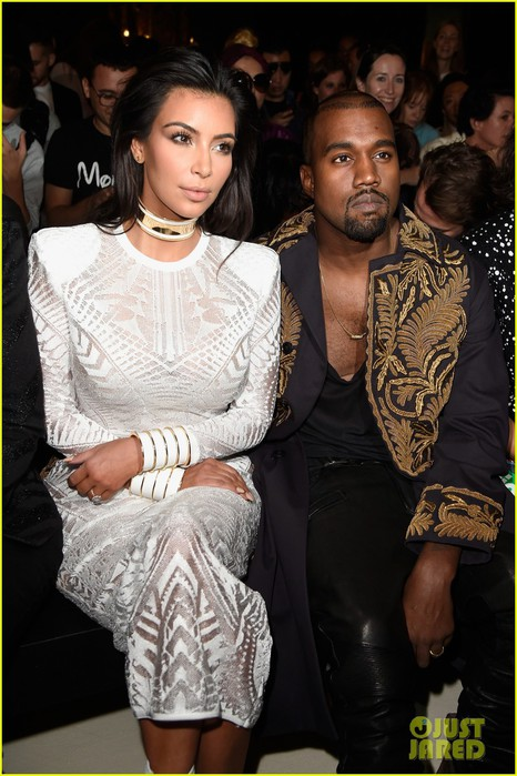 kim-kardashian-north-west-leave-north-west-at-home-for-balmain-show-08 (466x700, 98Kb)