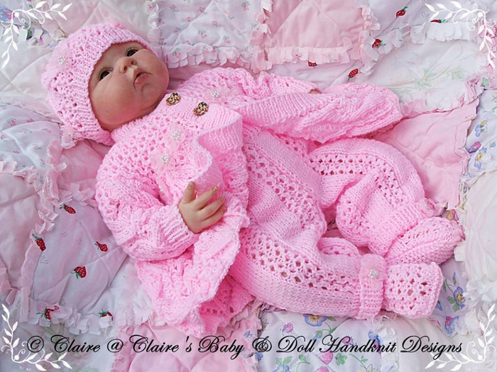 Вязание для новорожденных девочек 0-4 месяцев спицами с описанием