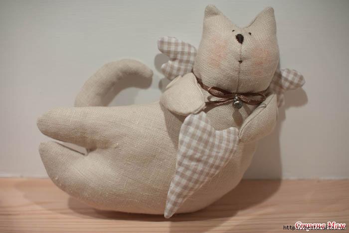 Шьем очаровательных кошек по выкройке (4) (700x467, 106Kb)