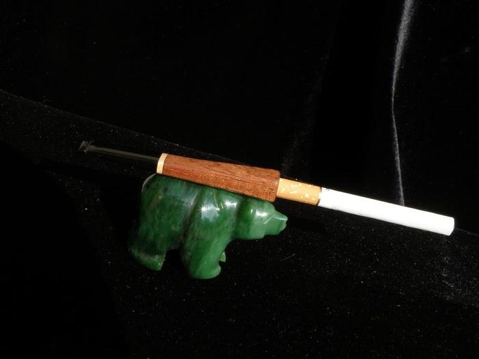 Как пользоваться мундштуком для сигарет.