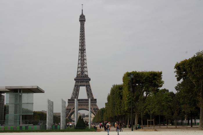 Лиза в париже начало сентября 2014 год