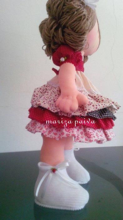 Кудрявая прическа для куклы. Мастер-класс в фотографиях