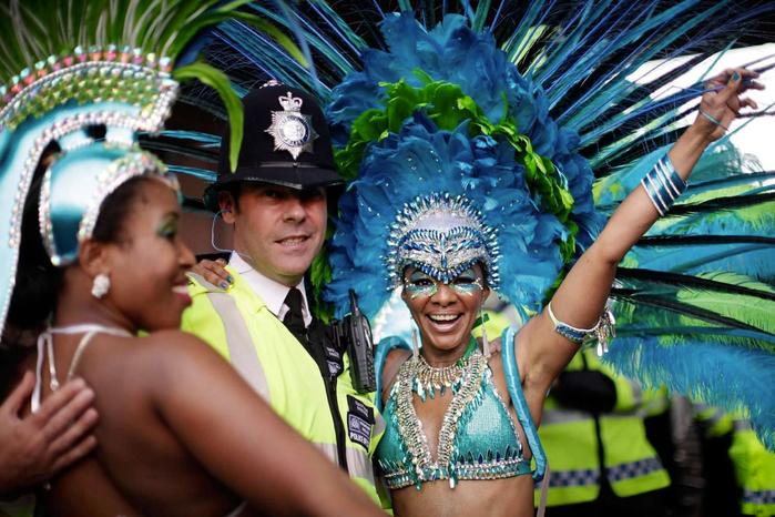 карибский карнавал в ноттинг-хилле Notting Hill Carnival 20 (700x466, 443Kb)
