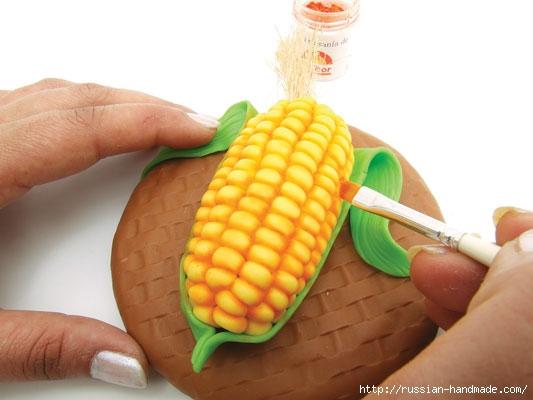Украшаем баночку кукурузой из полимерной глины (1) (533x400, 96Kb)