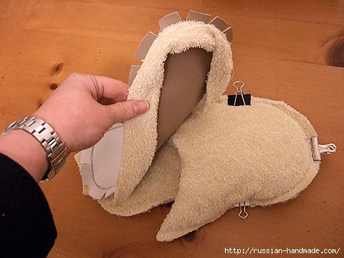 Как сшить теплые мягкие спа-тапочки из полотенца (20) (500x375, 141Kb)