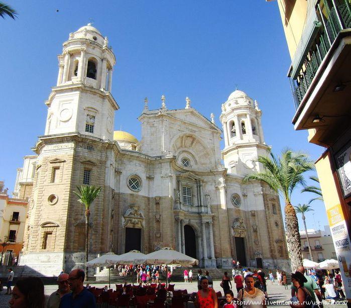 Новый Кафедральный собор ( Catedral Nueva) (700x613, 237Kb)