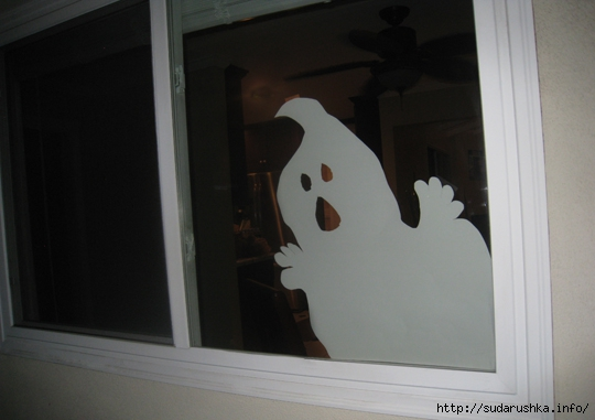 cutout-ghost-halloween-window-decoration (540x381, 108Kb)