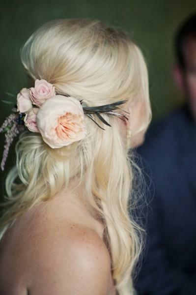 Красивые свадебные прически - много фото20 (399x600, 78Kb)
