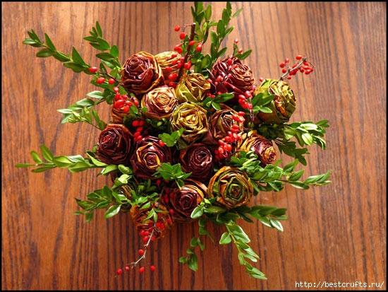 Розы из осенних листьев своими руками (3) (550x413, 212Kb)
