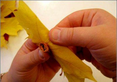 Розы из осенних листьев своими руками (15) (400x279, 88Kb)