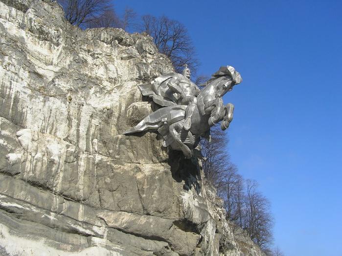 памятник Уастырджи осетия 2 (700x523, 371Kb)