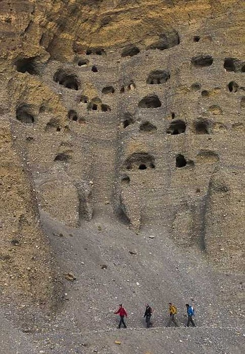 Пещерные города Непала