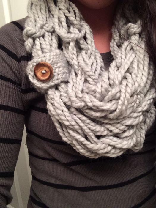 Видео как вязать шарф снуд руками
