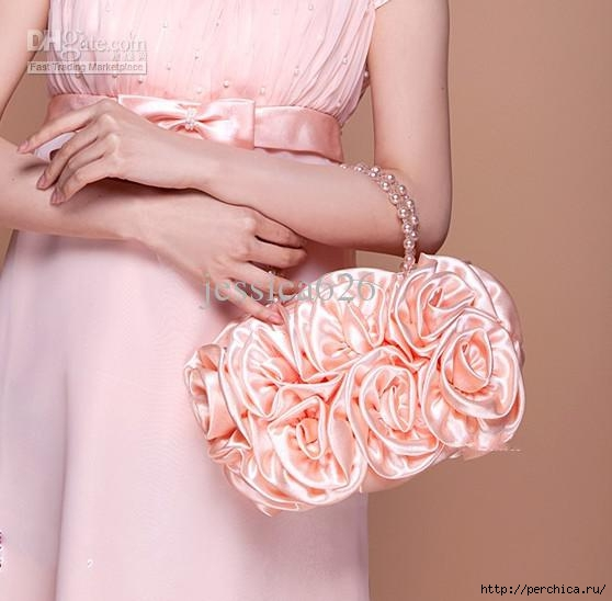 2013 Hot Sale Cheap Satin Bridal Hand Bags Hand Made Flower Beading Wedding Party Hand Bags (558x548, 114Kb)