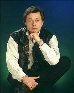 250px-Николай_Караченцов_1990 (250x316, 14Kb)