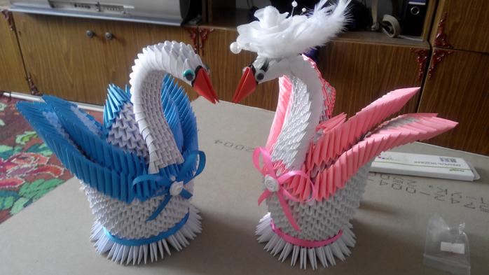 Двойной лебедь из оригами схема