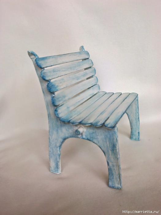 Для кукол. Садовая скамейка из палочек от мороженого (36) (525x700, 193Kb)