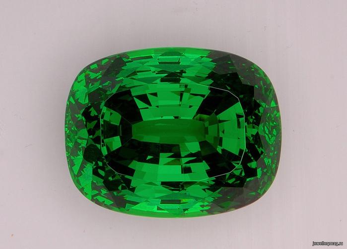 359Как называется зеленый камень