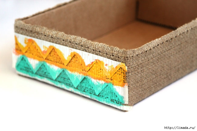 make-burlap-storage-box-apieceofrainbowblog-21 (650x433, 123Kb)