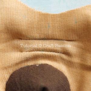 Шьем собачку из цветочков йо-йо. Мастер-класс и выкройка (11) (300x300, 68Kb)