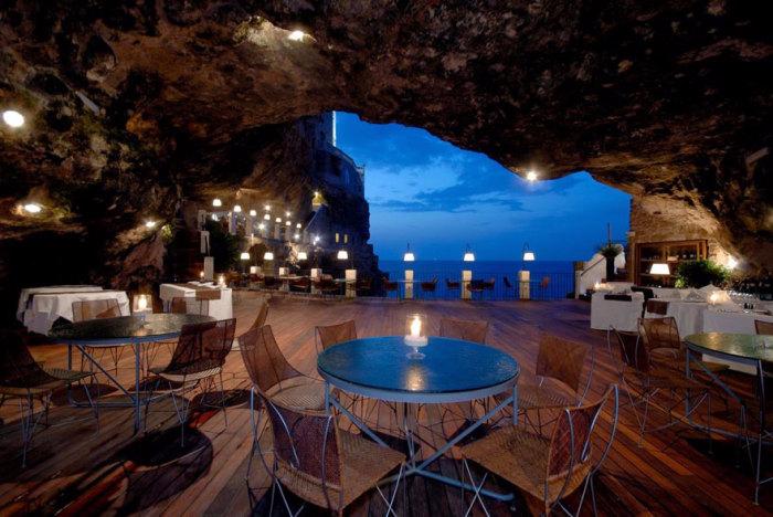 ресторан Grotta Palazzese 3 (700x468, 342Kb)